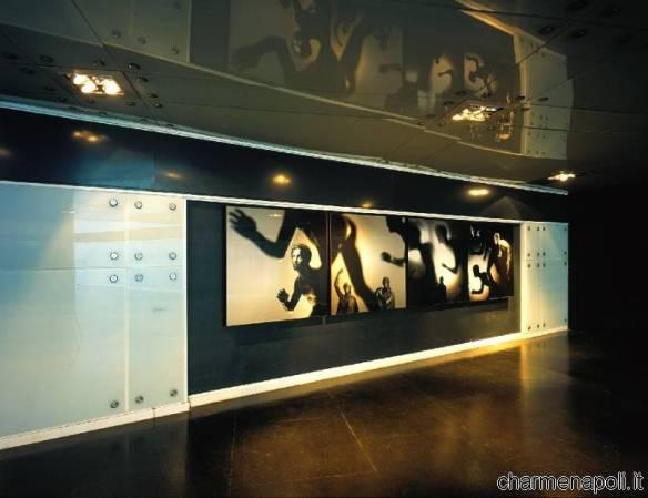 Sazione Museo, opera di  Mimmo Jodice, i Lottatori dalla Villa dei Papiri