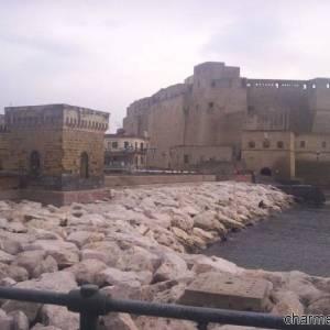 Il Castel dell'Ovo che sorge sull'isolotto di Megaride