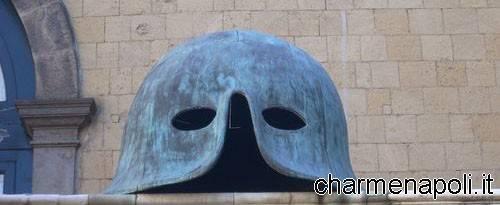 Maschio Angioino maschera cortile interno