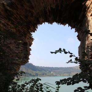 Lago d'Averno (ph Marina Sgamato)