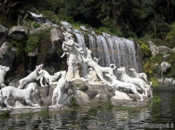 Reggia di caserta tutto su fontane e giardino inglese - Giardini con fontane ...