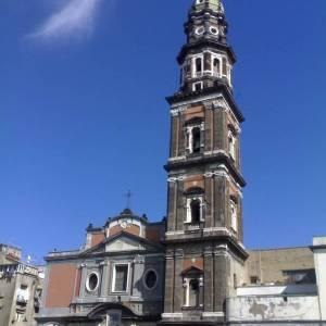 Napoli, la chiesa del Carmine a pochi passi da piazza Mercato