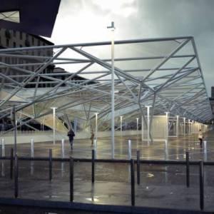 Esterno della stazione Garibaldi
