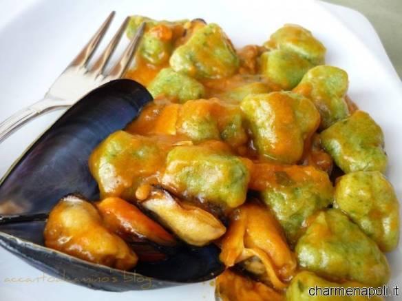 Gnocchi di zucchine con le cozze