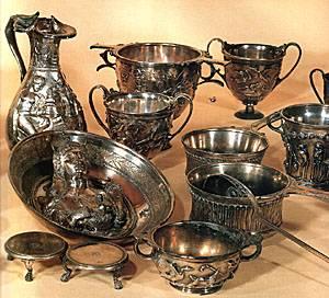 Alcuni dei reperti della preziosa collezione