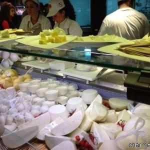 Caciotte e formaggi