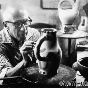 Picasso che lavora la ceramica
