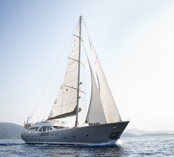 Luxury YACHT CHARTER Private Superyacht Charter