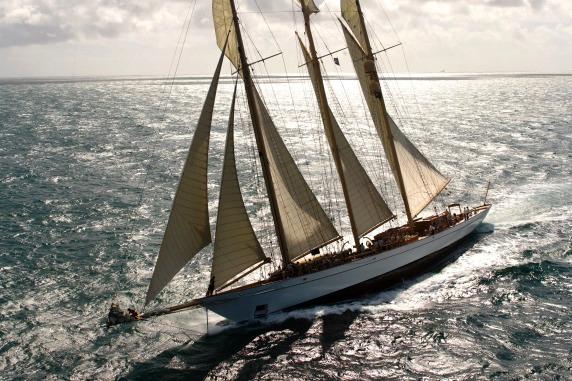 Yacht ADIX Astilleros De Mallorca CHARTERWORLD Luxury