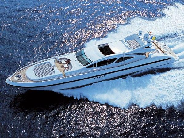 Yacht AFRICAN CAT Overmarine Mangusta Rodriguez Group