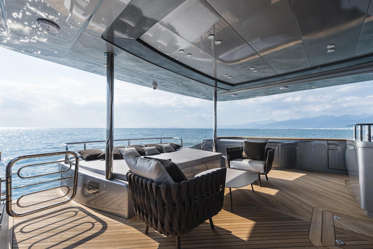 SANDS Yacht Charter Details Maiora CHARTERWORLD Luxury