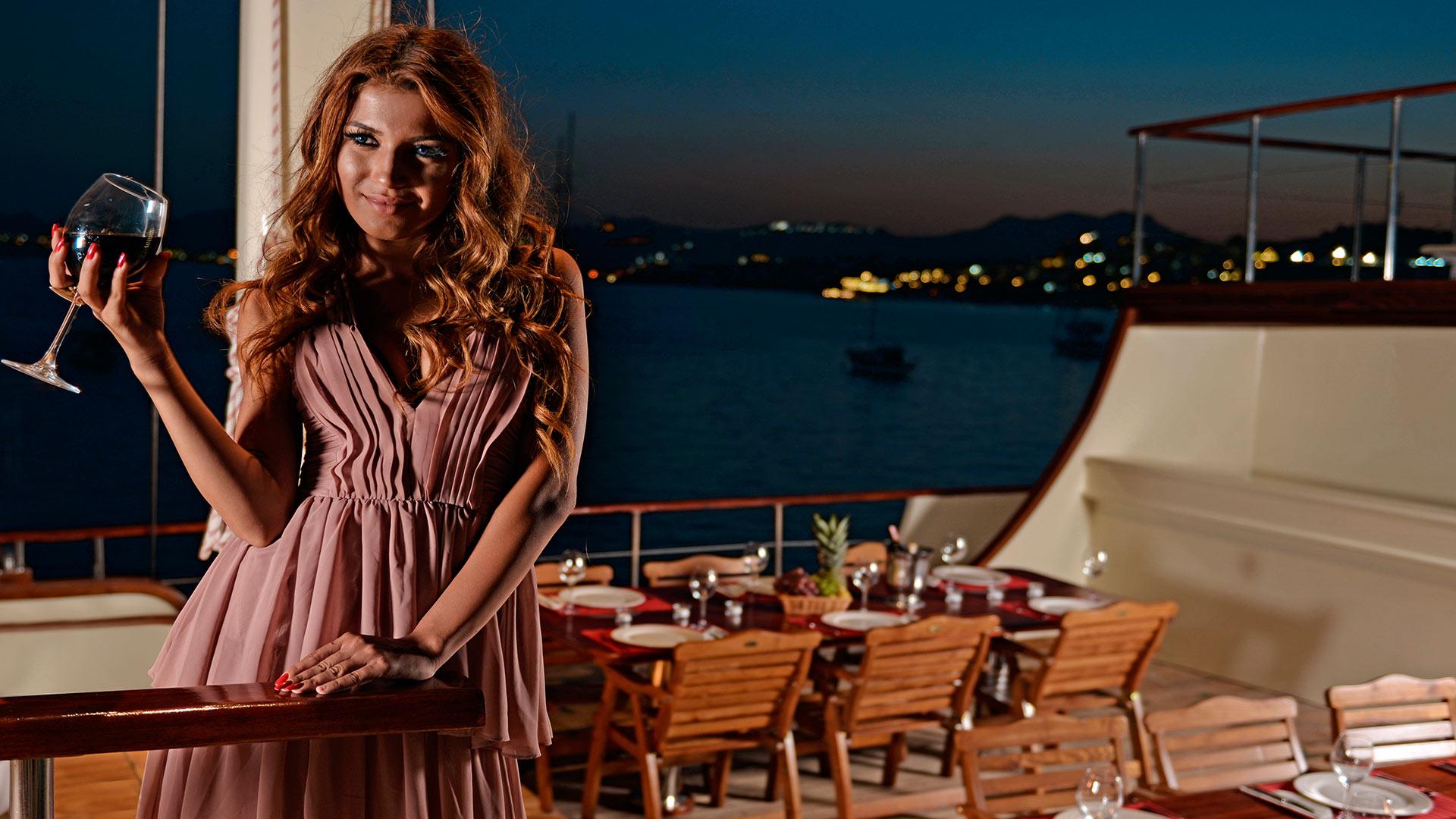 Gullet Sagapo Yacht Charter Details Luxury Turkish Gullet