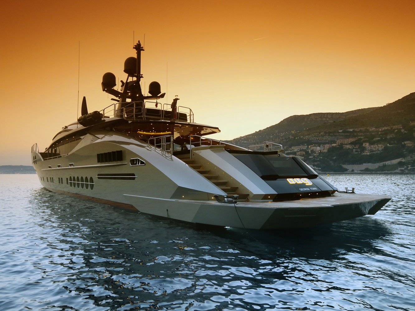 Yacht KHALILAH Palmer Johnson CHARTERWORLD Luxury