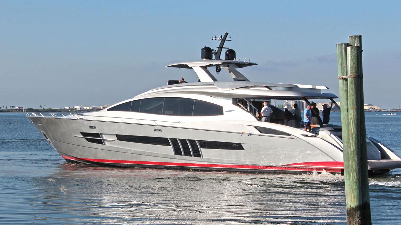 Yacht LSX92 A Lazzara Superyacht CHARTERWORLD Luxury