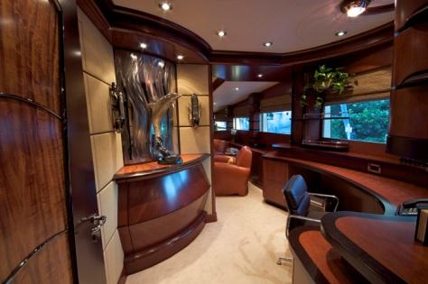 Motor Yacht USHER Ex MR TERRIBLE Delta Marine
