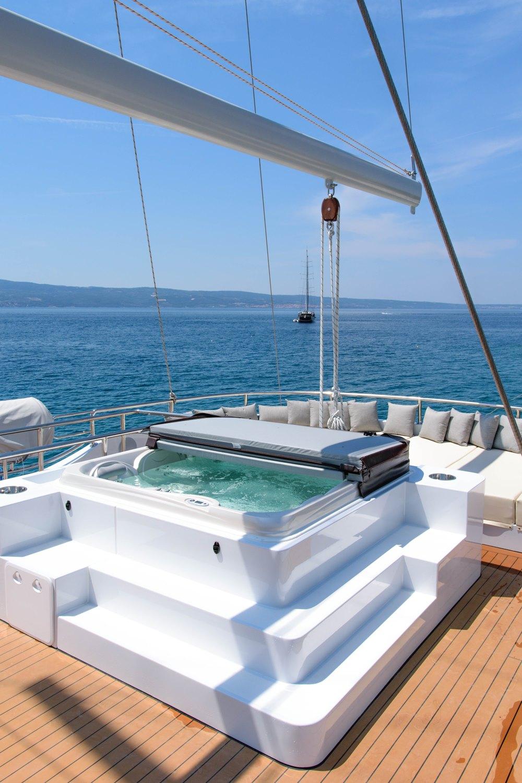 AIAXAIA Yacht Charter Details Brodosplit CHARTERWORLD
