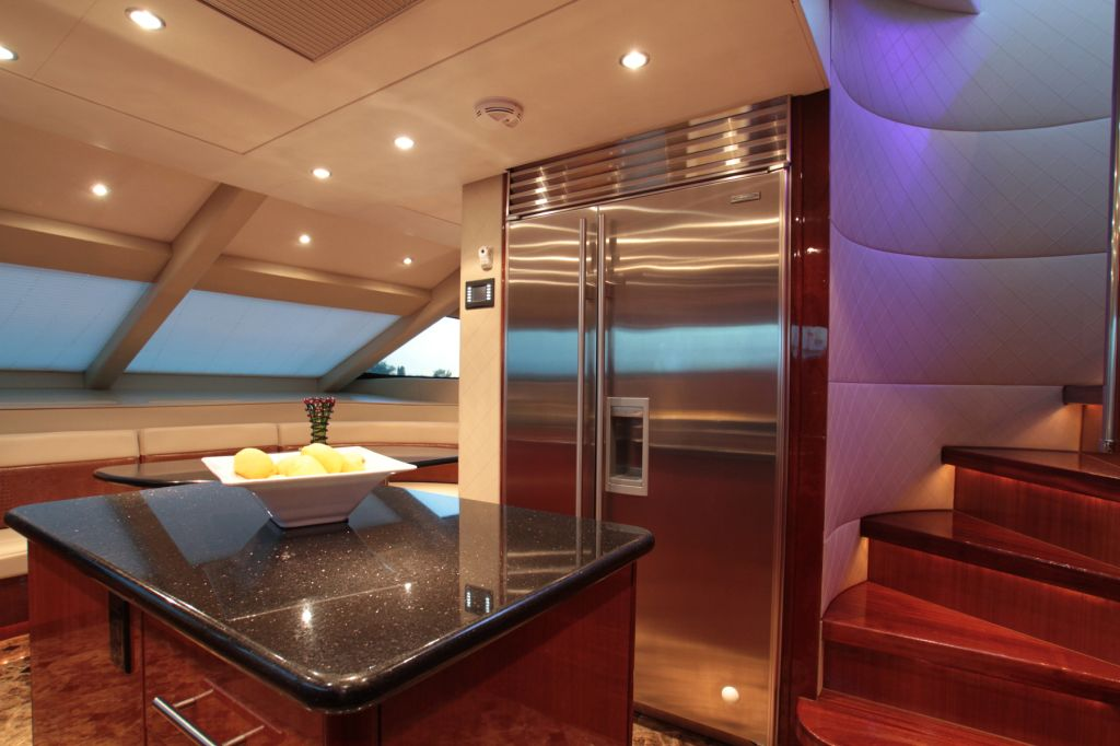 Yacht ISLAND COWBOY Country Kitchen Luxury Yacht