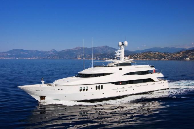 motor yacht diamond a receives new