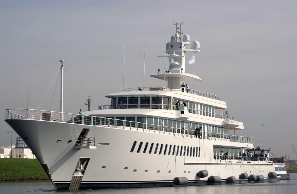 Fountainhead Yacht Charter Amp Superyacht News