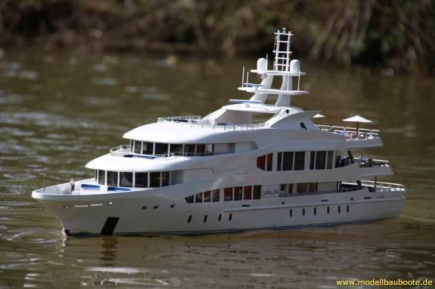 Scale Model Of The 126 M Lurssen Superyacht OCTOPUS Yacht Charter Amp Superyacht News