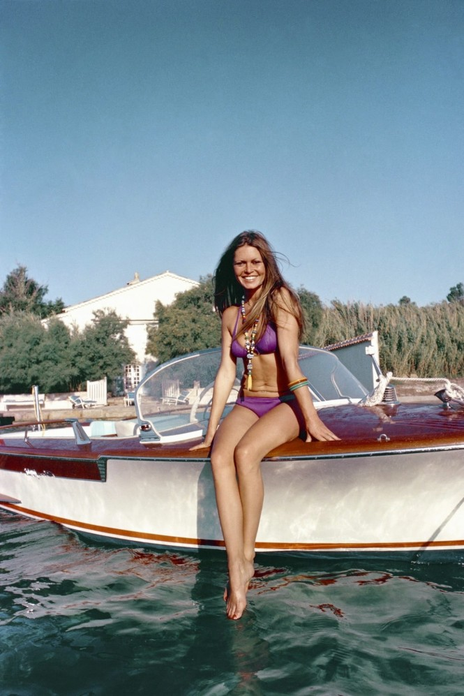 Vintage Riva Junior Yacht Tender To Be Auctioned At London Boat Show 2015 Yacht Charter