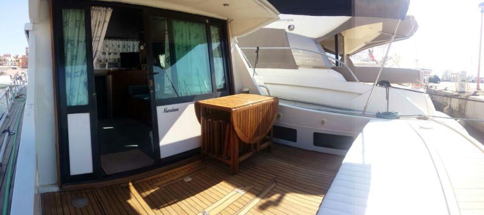 yacht motore cabinato - charter yacht (3) - Copia