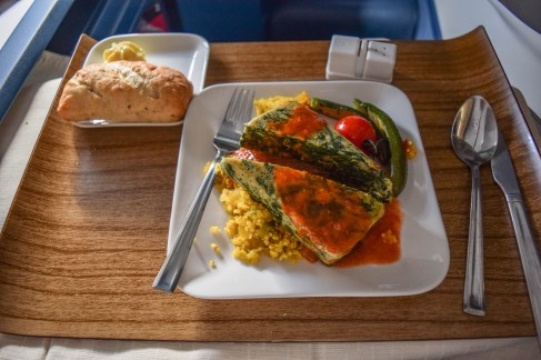 delta business class food