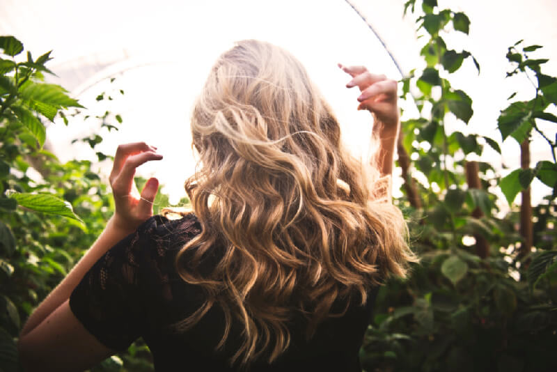 A woman who followed beauty tips with beautiful hair