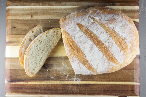 Homemade Rustic Bread (no-knead)