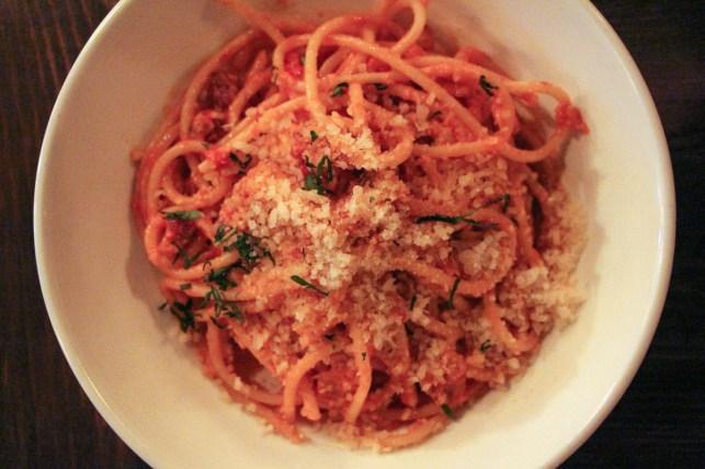Smoked pancetta, sweet onions, san marzano tomatoes, garlic chips, sicilian chile flakes, pecorino romano