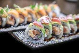 Ryū – salmon, snow crab delight, red onion, cucumber, tempura flakes