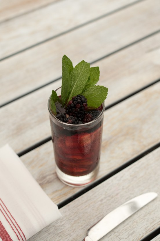 Blackberry Bourbon Iced Tea
