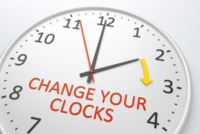 clock-change-time-dst-medium