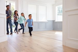 family entering new home | Chattanooga Home Inspector | first-time homebuyers Chattanooga