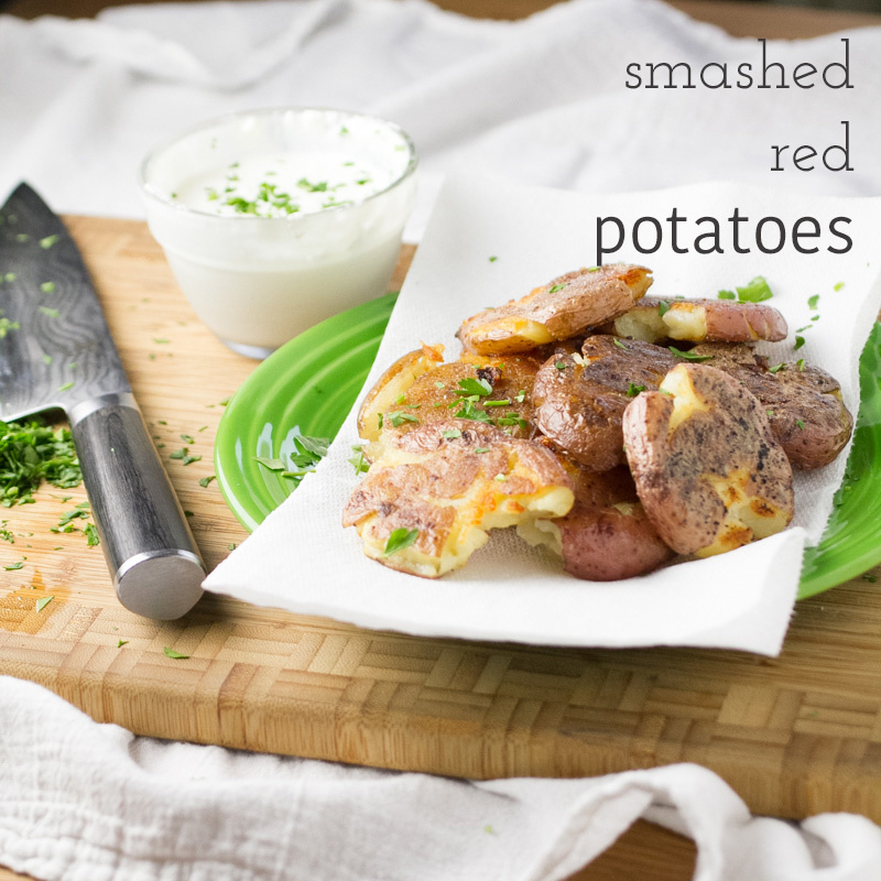 Is there anything better than a crispy potato? I don't think so. These oven-roasted, crispy smashed red potatoes will make you smile! | recipe from chattavore.com