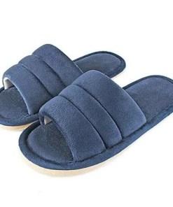 pantoufle peluche bleu marine