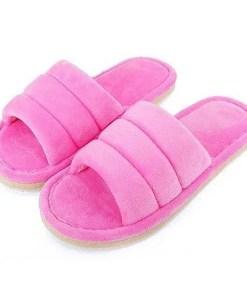 pantoufle peluche rose