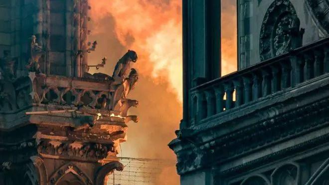 incêndio de Notre Dame foi uma previsão de Nostradamus que foi cumprida