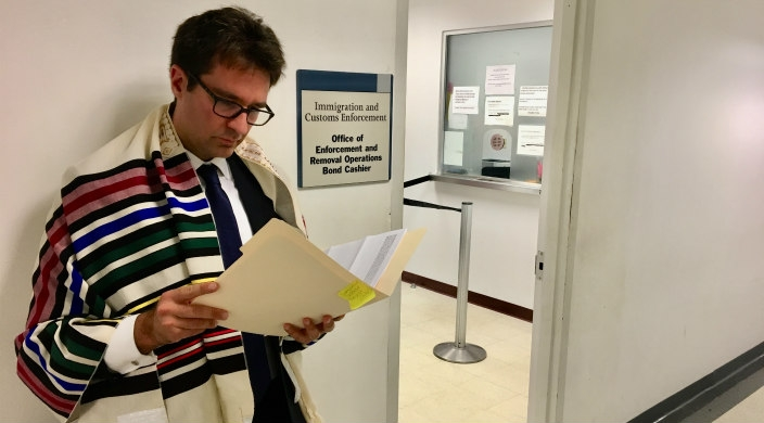 The author, Rabbi Josh Stanton, waiting at ICE, to post bond