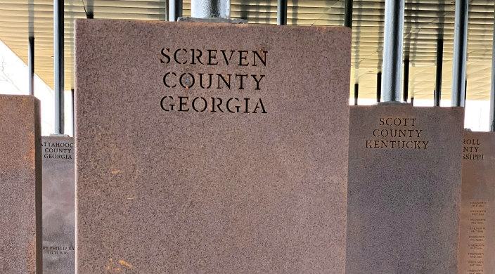 Gravesites for lynching victims
