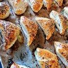 Borekitas de Kezo, my latest Sephardic bake made with cheese and some spinach. Enjoy!
