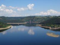 Lac du barrage de Grandval