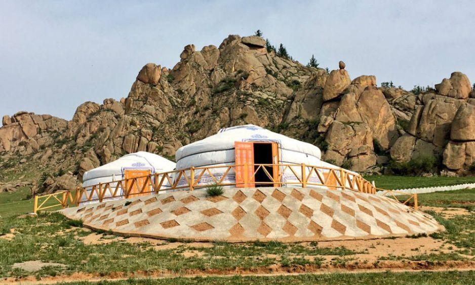 a traditonal mongolian yer