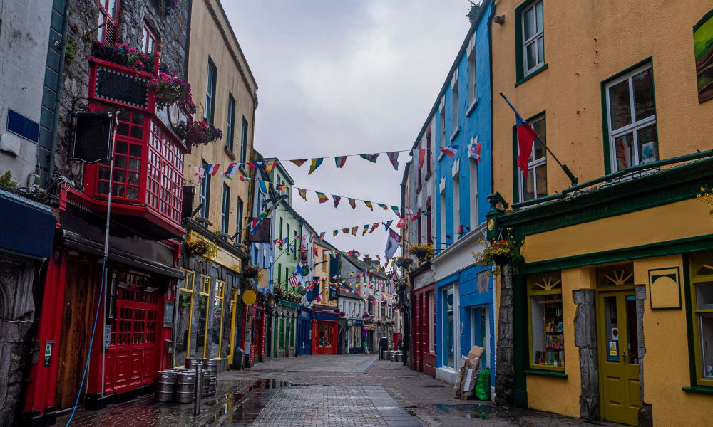 things to do in galway ireland shop street
