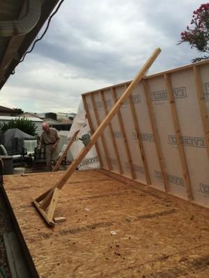 07-shed-wall-lift