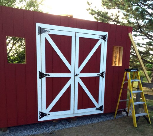 barn-style-shed-double-door-trim