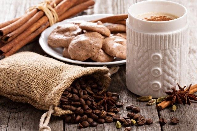 Coffee, spices, chocolate meringue cookies