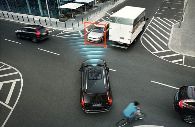 Volvo XC90 safety features
