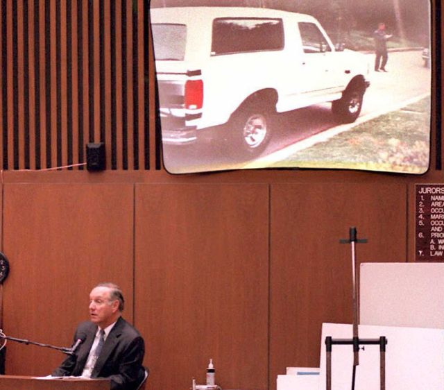 Charles Cale, a neighbor of O.J. Simpson, testifies