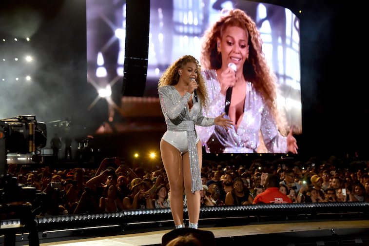 https www cheatsheet com entertainment how old is beyonce and whats the age gap with her husband jay z html